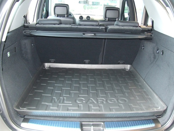 carpet from trunk of car boot tray interieur voiture. Black Bedroom Furniture Sets. Home Design Ideas